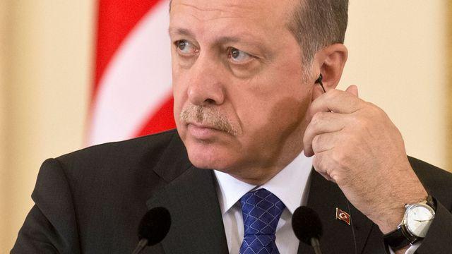 Erdoghan accuse l'Allemagne de suicide politique